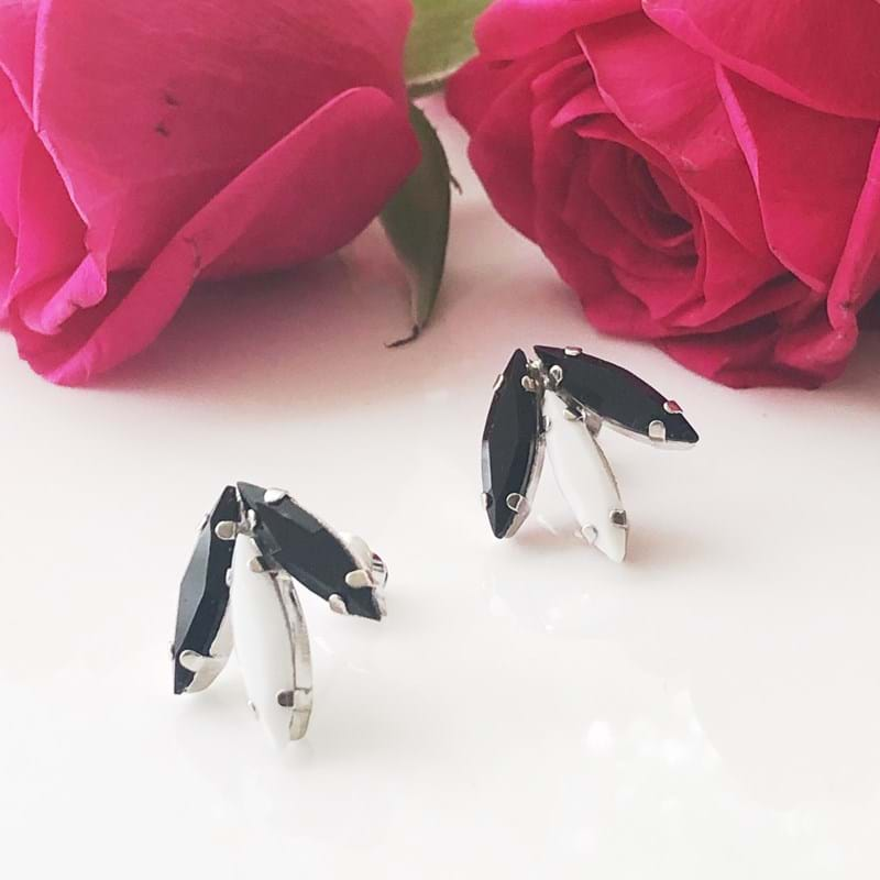 Black and white crystal earrings made by Andrea Agosta Designer Jewellery